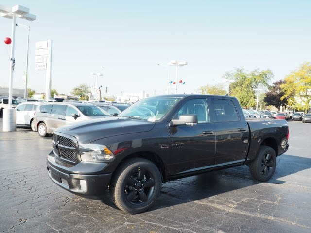 2018 Ram 1500 Crew Cab 4x4,  Pickup #RT18008 - photo 6