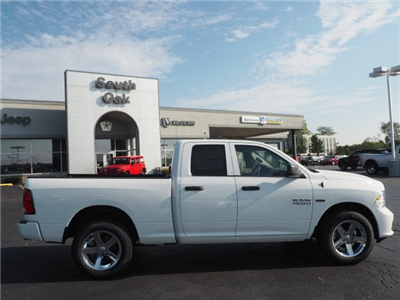 2018 Ram 1500 Quad Cab 4x4, Pickup #RT18018 - photo 12