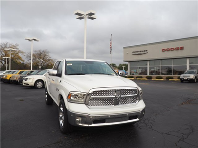 2018 Ram 1500 Crew Cab 4x4, Pickup #RT18025 - photo 3