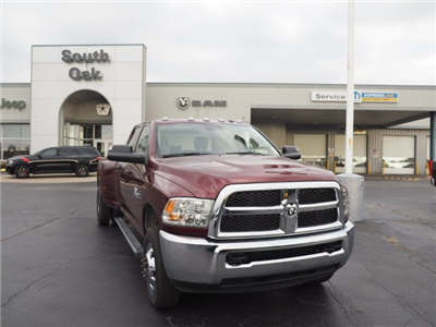 2018 Ram 3500 Crew Cab DRW 4x4, Pickup #RT18028 - photo 3