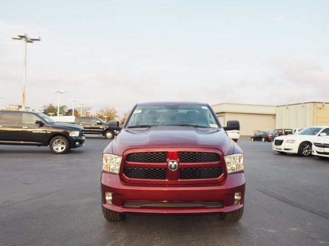 2018 Ram 1500 Quad Cab 4x4, Pickup #RT18031 - photo 4