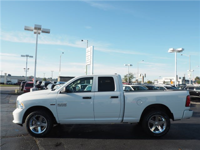 2018 Ram 1500 Quad Cab 4x4, Pickup #RT18037 - photo 7
