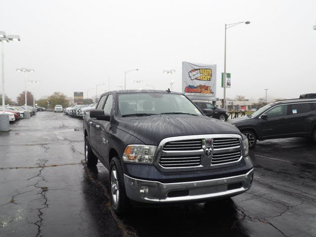 2018 Ram 1500 Crew Cab 4x4, Pickup #RT18038 - photo 3