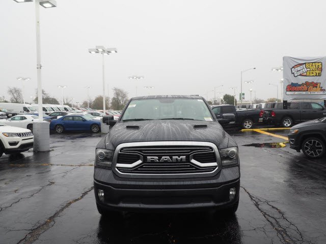2018 Ram 1500 Crew Cab 4x4, Pickup #RT18040 - photo 4