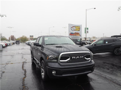 2018 Ram 1500 Crew Cab 4x4, Pickup #RT18040 - photo 3