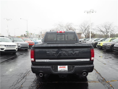2018 Ram 1500 Crew Cab 4x4, Pickup #RT18040 - photo 10