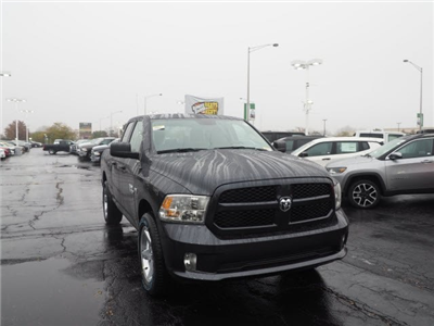 2018 Ram 1500 Quad Cab 4x4,  Pickup #RT18044 - photo 3