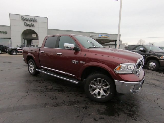 2018 Ram 1500 Crew Cab 4x4,  Pickup #RT18059 - photo 3