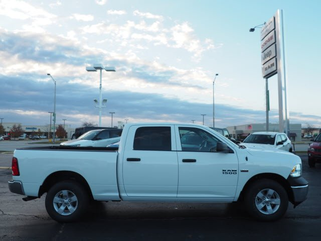2018 Ram 1500 Crew Cab 4x4, Pickup #RT18064 - photo 12
