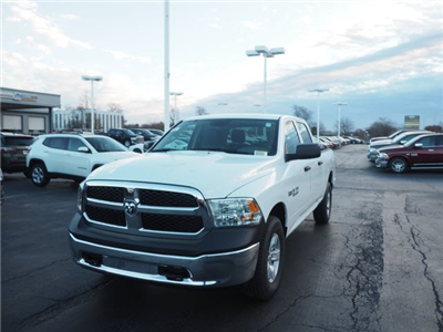 2018 Ram 1500 Crew Cab 4x4, Pickup #RT18064 - photo 5