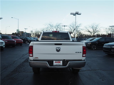 2018 Ram 1500 Crew Cab 4x4, Pickup #RT18064 - photo 10