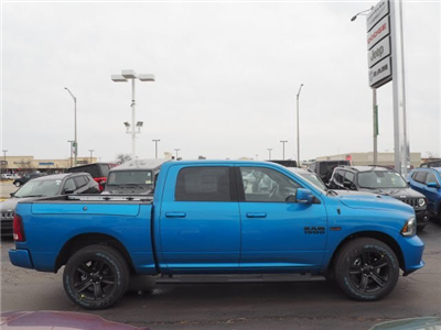 2018 Ram 1500 Crew Cab 4x4, Pickup #RT18077 - photo 12
