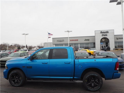 2018 Ram 1500 Crew Cab 4x4, Pickup #RT18077 - photo 7