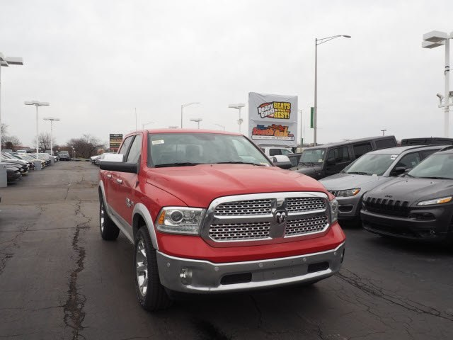 2018 Ram 1500 Crew Cab 4x4, Pickup #RT18084 - photo 3