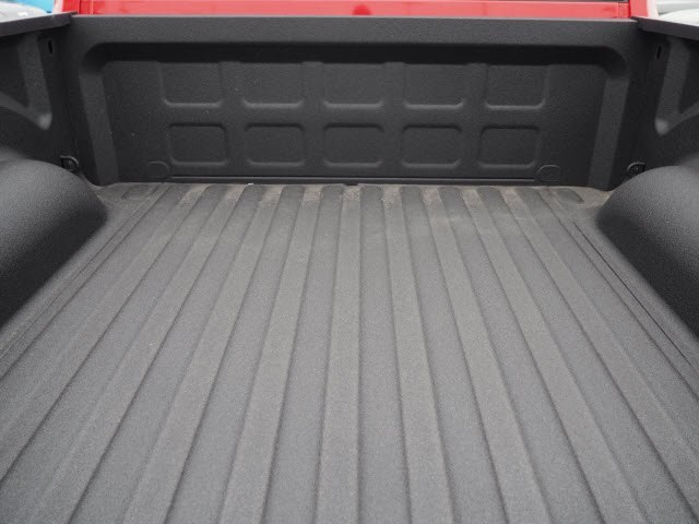 2018 Ram 1500 Crew Cab 4x4, Pickup #RT18084 - photo 23