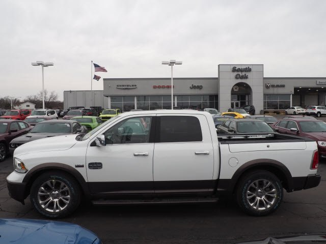2018 Ram 1500 Crew Cab 4x4, Pickup #RT18086 - photo 7
