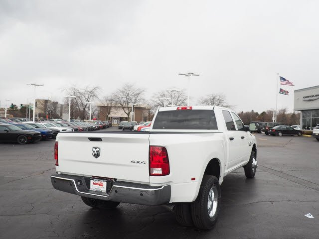 2018 Ram 3500 Crew Cab DRW 4x4, Pickup #RT18095 - photo 11