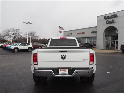 2018 Ram 3500 Crew Cab DRW 4x4, Pickup #RT18095 - photo 10