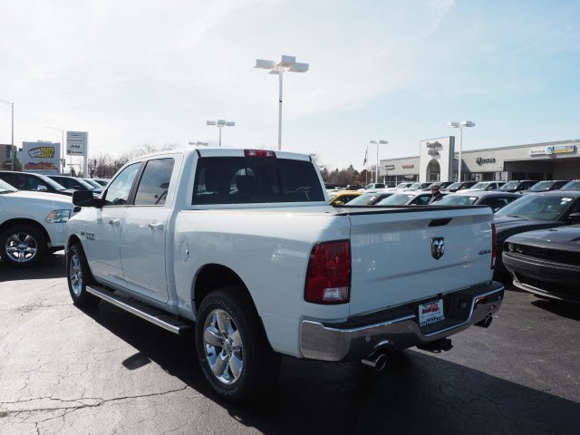 2018 Ram 1500 Crew Cab 4x4,  Pickup #RT18109 - photo 4