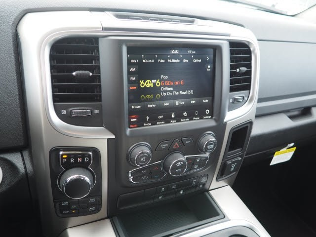 2018 Ram 1500 Crew Cab 4x4,  Pickup #RT18118 - photo 15