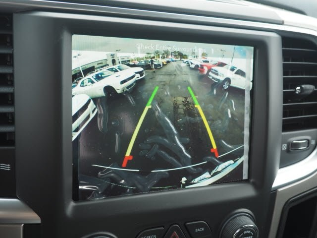 2018 Ram 1500 Crew Cab 4x4, Pickup #RT18119 - photo 17