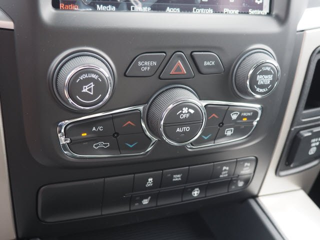 2018 Ram 1500 Crew Cab 4x4, Pickup #RT18119 - photo 18