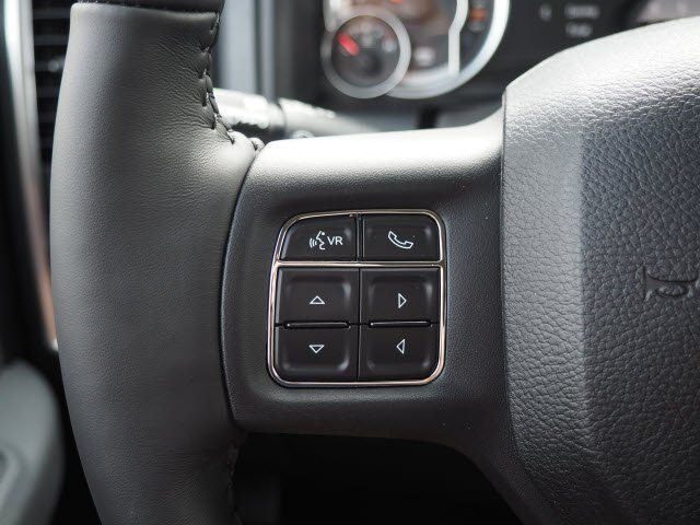 2018 Ram 1500 Crew Cab 4x4, Pickup #RT18119 - photo 23