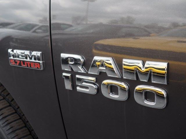 2018 Ram 1500 Crew Cab 4x4, Pickup #RT18119 - photo 7