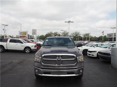 2018 Ram 1500 Crew Cab 4x4, Pickup #RT18119 - photo 3
