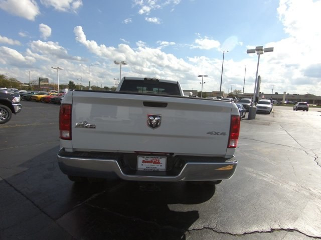 2018 Ram 3500 Crew Cab DRW 4x4,  Pickup #RT18151 - photo 6