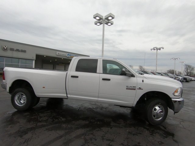 2018 Ram 3500 Crew Cab DRW 4x4,  Pickup #RT18171 - photo 2