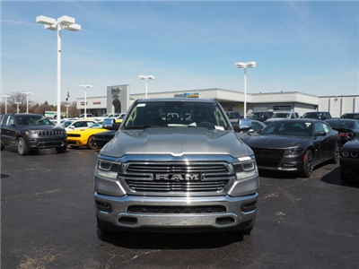 2019 Ram 1500 Crew Cab 4x4, Pickup #RT19002 - photo 3