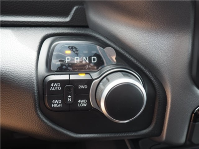 2019 Ram 1500 Crew Cab 4x4,  Pickup #RT19017 - photo 21