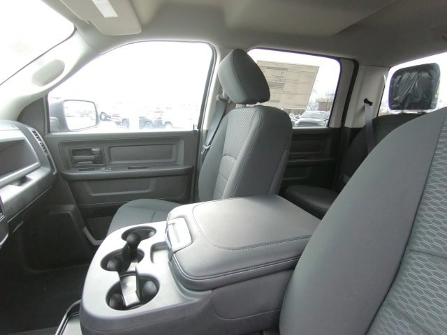 2019 Ram 1500 Crew Cab 4x4,  Pickup #RT19036 - photo 20