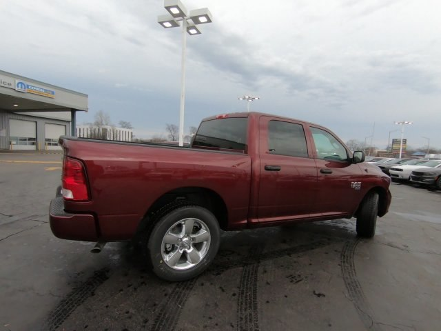 2019 Ram 1500 Crew Cab 4x4,  Pickup #RT19036 - photo 4
