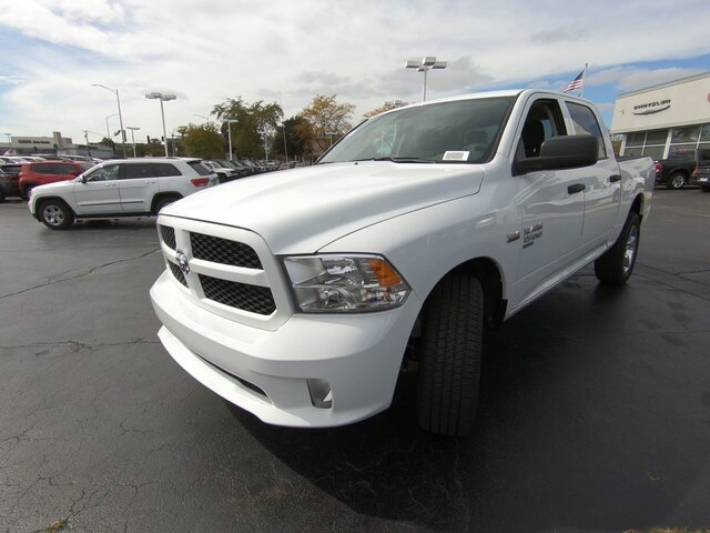 2019 Ram 1500 Crew Cab 4x4,  Pickup #RT19038 - photo 11