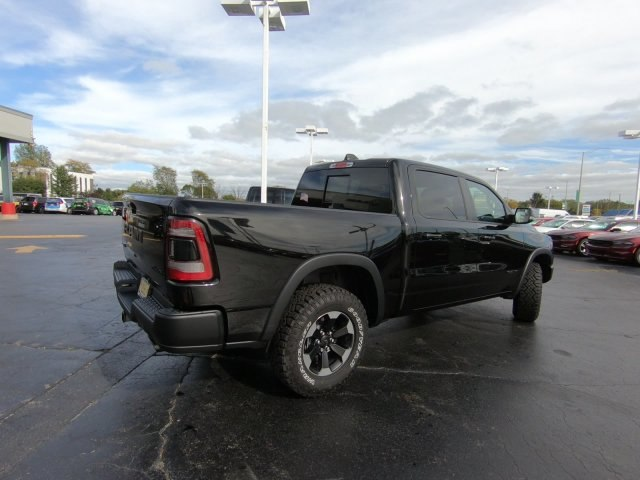 2019 Ram 1500 Crew Cab 4x4,  Pickup #RT19040 - photo 2