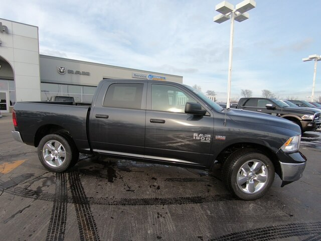 2019 Ram 1500 Crew Cab 4x4,  Pickup #RT19073 - photo 3