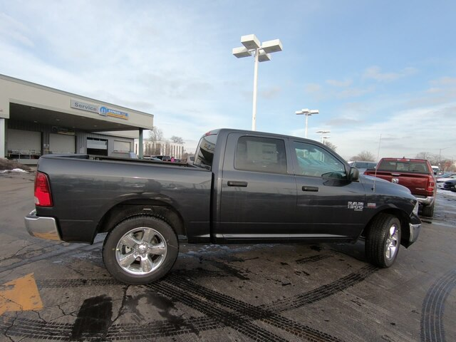 2019 Ram 1500 Crew Cab 4x4,  Pickup #RT19073 - photo 4