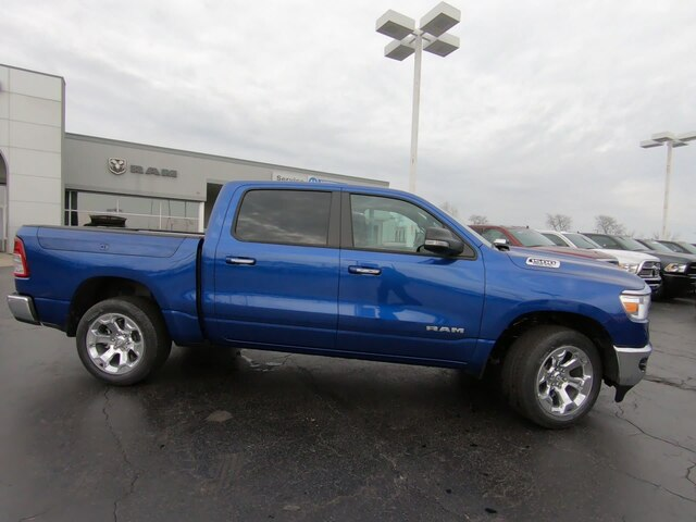 2019 Ram 1500 Crew Cab 4x4,  Pickup #RT19086 - photo 3