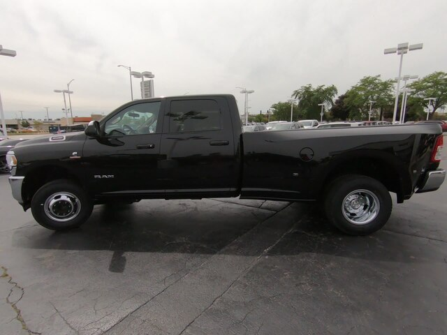 2019 Ram 3500 Crew Cab DRW 4x4,  Pickup #RT19121 - photo 7