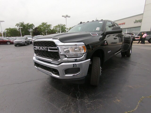 2019 Ram 3500 Crew Cab DRW 4x4,  Pickup #RT19121 - photo 8