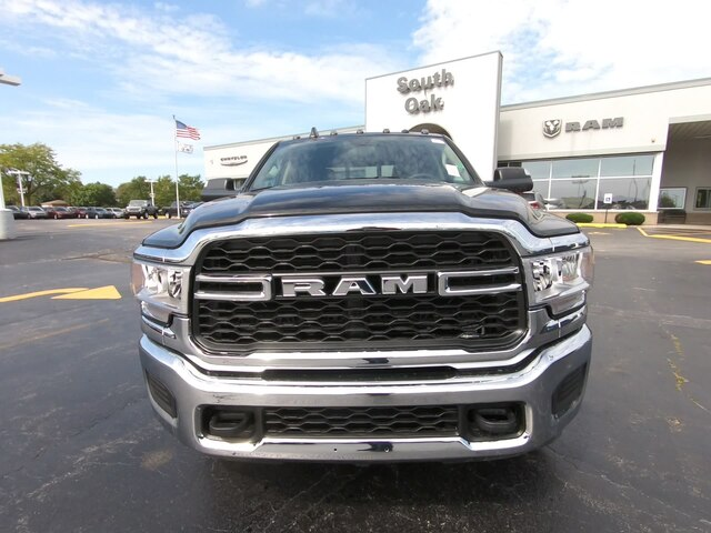 2019 Ram 3500 Crew Cab DRW 4x4,  Pickup #RT19163 - photo 10