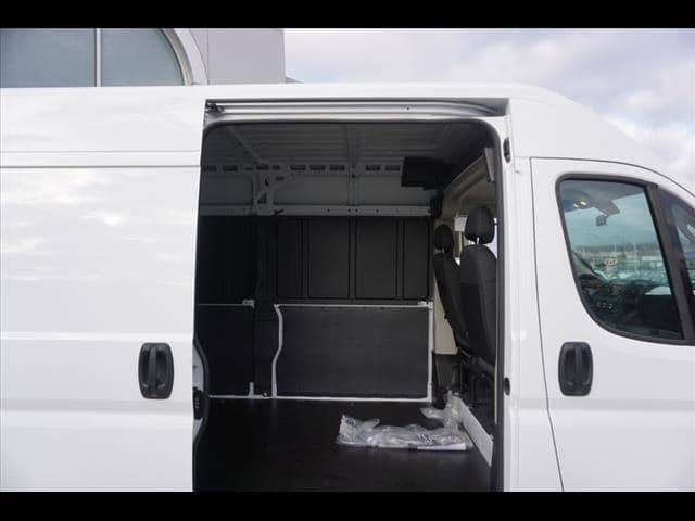 2019 ProMaster 2500 High Roof FWD,  Empty Cargo Van #D19187 - photo 11