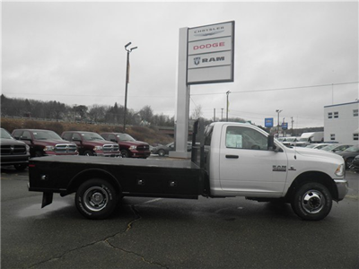 2016 Ram 3500 Regular Cab DRW 4x4, Knapheide PGNC Gooseneck Platform Body #N16392 - photo 4