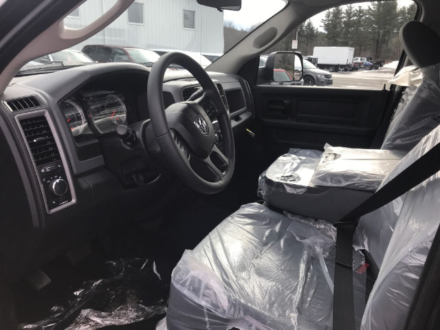 2018 Ram 3500 Crew Cab 4x4, Pickup #N18119 - photo 4
