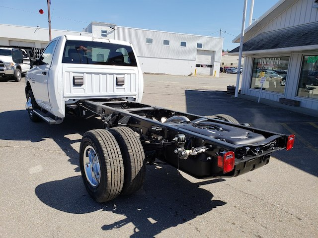 2018 Ram 3500 Regular Cab DRW 4x4, Cab Chassis #N18146 - photo 2