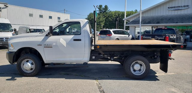 2018 Ram 3500 Regular Cab DRW 4x4,  Reading Platform Body #N18167 - photo 5