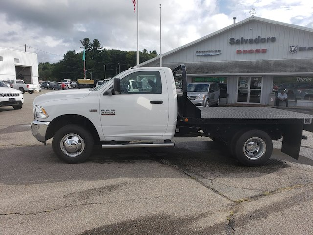 2018 Ram 3500 Regular Cab DRW 4x4,  Reading Redi-Dek Platform Body #N18180 - photo 3