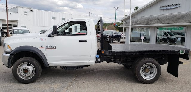 2018 Ram 5500 Regular Cab DRW 4x4,  Platform Body #N18183 - photo 3